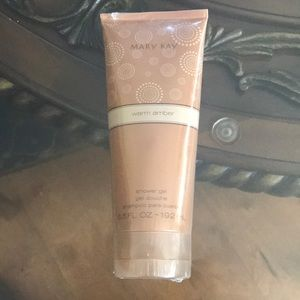 Brand new Mary Kay warm Amber shower gel
